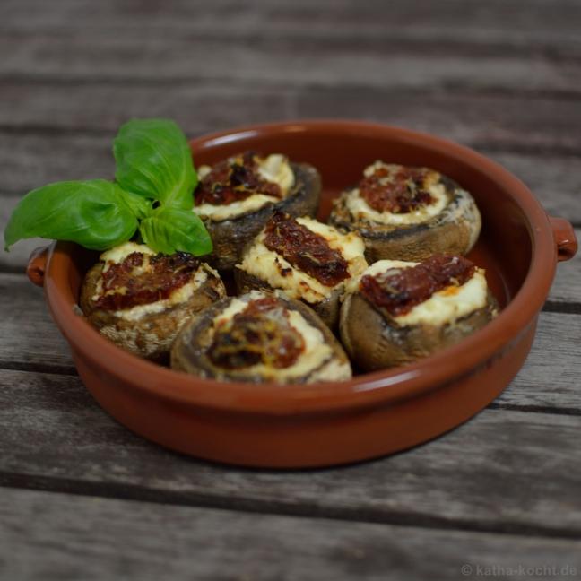 Champignons mit eingelegten Tomaten von Katharina